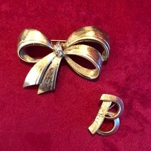 Vintage Gold Tone Brooches Two